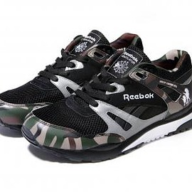 Reebok - AAPE BY A BATHING APE × REEBOK VENTILATOR CAMO