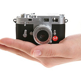 Leica  - Mini Digital Camera