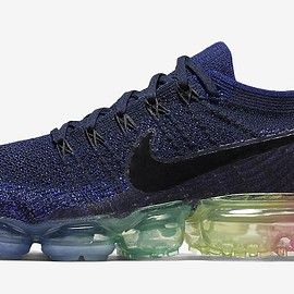 "NIKE - AIR VAPORMAX ""BE TRUE"""