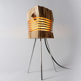 SPLIT GRAIN - Reclaimed Wood Light Sculpture Tripod