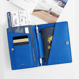 INVITE.L - Passport Case
