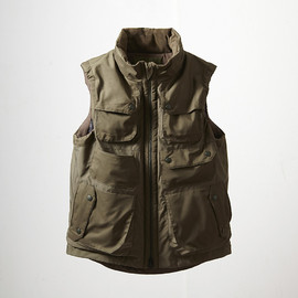 White Mountaineering, EYESCREAM.JP - Militally WINDSTOPPER Luggage Vest