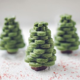 Leanne bakes - Sugar Cookie Trees
