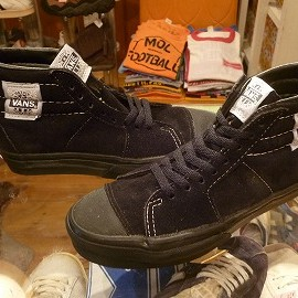 "vans - 「<deadstock>90's vans NATIVE AMERICAN black""made in USA"" size:US7/h(25.5cm) 17800yen」完売"