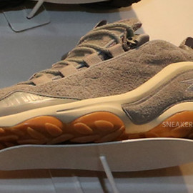 Reebok - DMX Run Suede/Gum Pack (Grey)