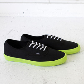 VANS - VANS Authentic Lite - Black/Neon Yellow<img class='new_mark_img2' src='http://male.eighthundredships.com/img/new/icons47.gif' style='border:none;display:inline;margin:0px;padding:0px;width:auto;' /> 01