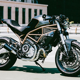Angry Lane - Ducati Monster 797