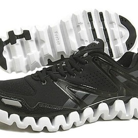 REEBOK - ZIG RETURN XT