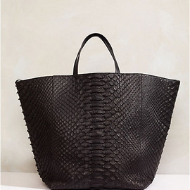 CELINE - CABAS PHANTOM LARGE IN GIANT PYTHON BLACK
