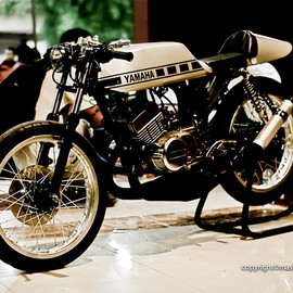 Yamaha - RX125 Twin Cafe Racer  1977   Customized by Mastomcustom