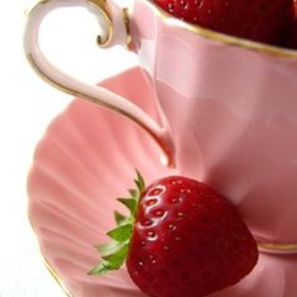 PINK: teacup, strawberry