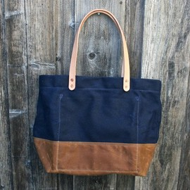 Strawfoot - Handmade Waxed Canvas Tote Bag
