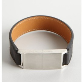HERMES - Leather 8gb Usb Cuff Bracelet in Black
