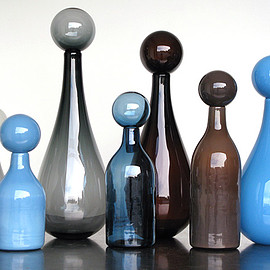 Elizabeth Lyons - Sag Harbor Collection Big Jars handblown glass bottles with stoppers, 12–23-inches