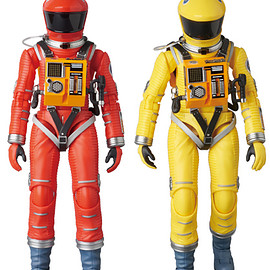 MEDICOM TOY - MAFEX SPACE SUIT ORANGE Ver./YELLOW Ver.