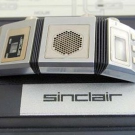 Sinclair - The first FM radio-watch