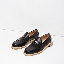 Band of Outsiders - Slipped Heel Kiltie Penny Loafer