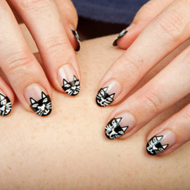cat - Charlotte Olympia Kitty-Inspired Nails (via moveSlightly: Charlotte Olympia Kitty-Inspired Nails)