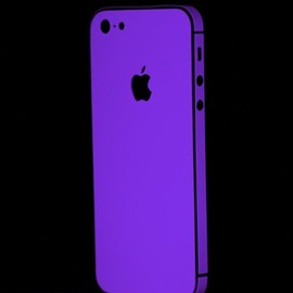 Slickwraps - Glow series for iPhone 5