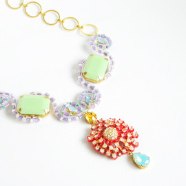 Ostara - Curvy Necklace22:06