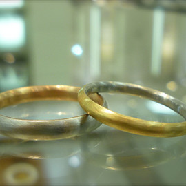 himie - etroit ring
