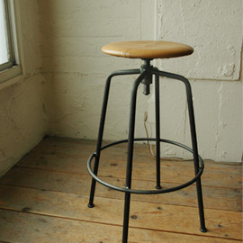 TRUCK - SUTTO HIGH STOOL