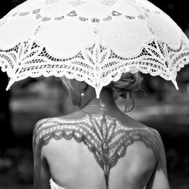 wedding - Umbrella Shadow