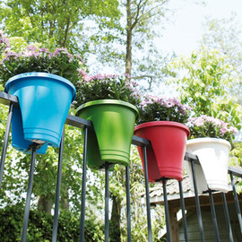Exaco  - Innovative, Eye-Pleasing Planters