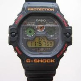 CASIO - G-SHOCK  DW-5900