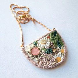 Flowers and algae embroidered necklace