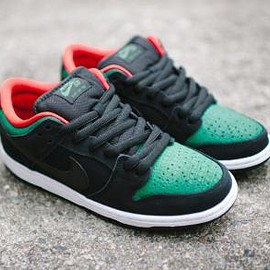 NIKE SB - NIKE SB DUNK LOW PRO BLACK/BLACK-GEORGE GREEN