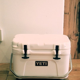 YETI - Roadie 25qt White