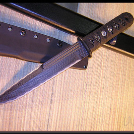 Warren Thomas Knives - custom fixed blades.