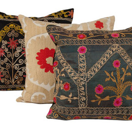 JAYSON HOME - VINTAGE SUZANI PILLOW MEDIUM