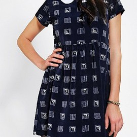 urban outfitters - One & Only X Urban Renewal Collared Babydoll Dress