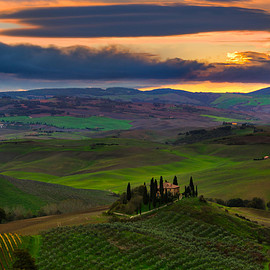 Italian - The Iconic Belvedere - Val d'Orcia Region, Tuscany, Italy