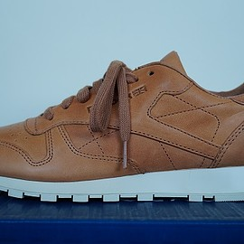 Reebok - classic leather lux horween