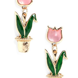 ModCloth - Just The Tulip of Us Earrings