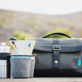 Timbuk2 x Blue Bottle Coffee - blue-bottle-travel-coffee-kit-1