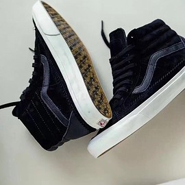 VANS - Clothsurgeo x Offspring