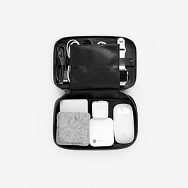 THIS IS GROUND - Tech Dopp Kit (Regular) - Black