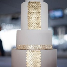 WEDDING - Gold wedding cake