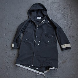 MOUNTAIN RESEARCH - Snow Parka Navy