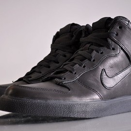 "Nike - Nike Sportswear Dunk High AC Quickstrike ""Black Perf Pack"" (398263-005)"