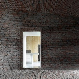 Lenass Architecten - Rabbit Hole Brick House, Gaasbeek, Belgium