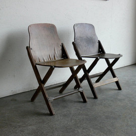 non brand - Wood Folding Theater Chairs (Set of 2)