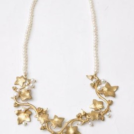 mncRo mariee - pearl necklace ivy