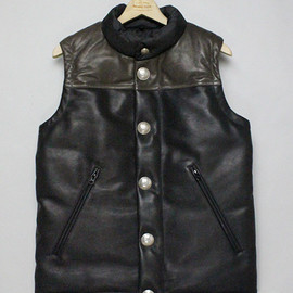 MOUNTAIN RESEARCH - 1525 Vest with Concho Buttons