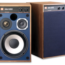 Authentics Speakers