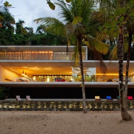 Marcio Kogan Architect (Brazil) - Casa Paraty, Beach House